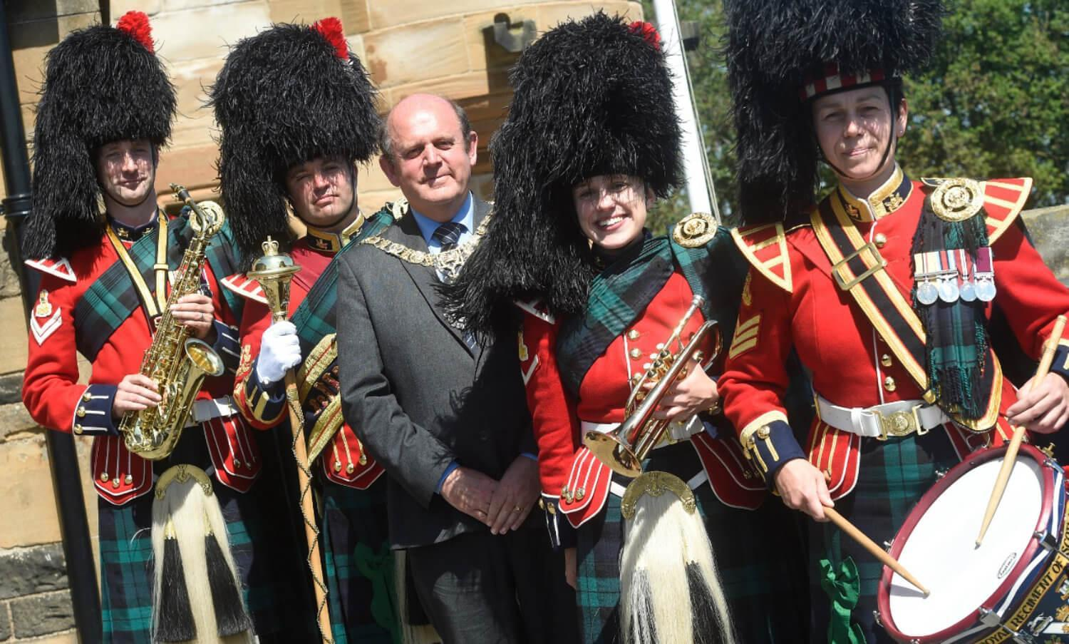 The Lord Provost with Pipers at 2018 Remembrance Service