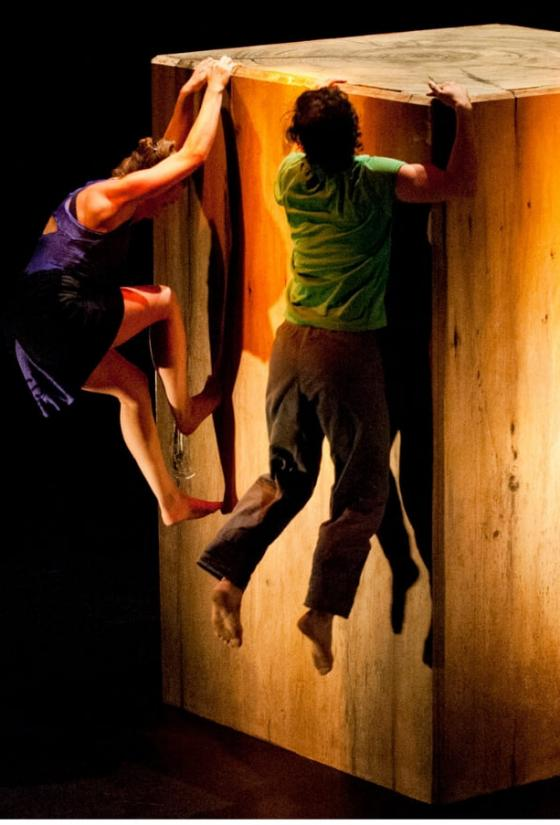 People scaling up a large wooden box as part of a performance from Bouce! Edinburgh Children's Festival 2017 (c) Gaelic Fr